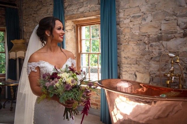 Enchanted Florist bridal flowers
